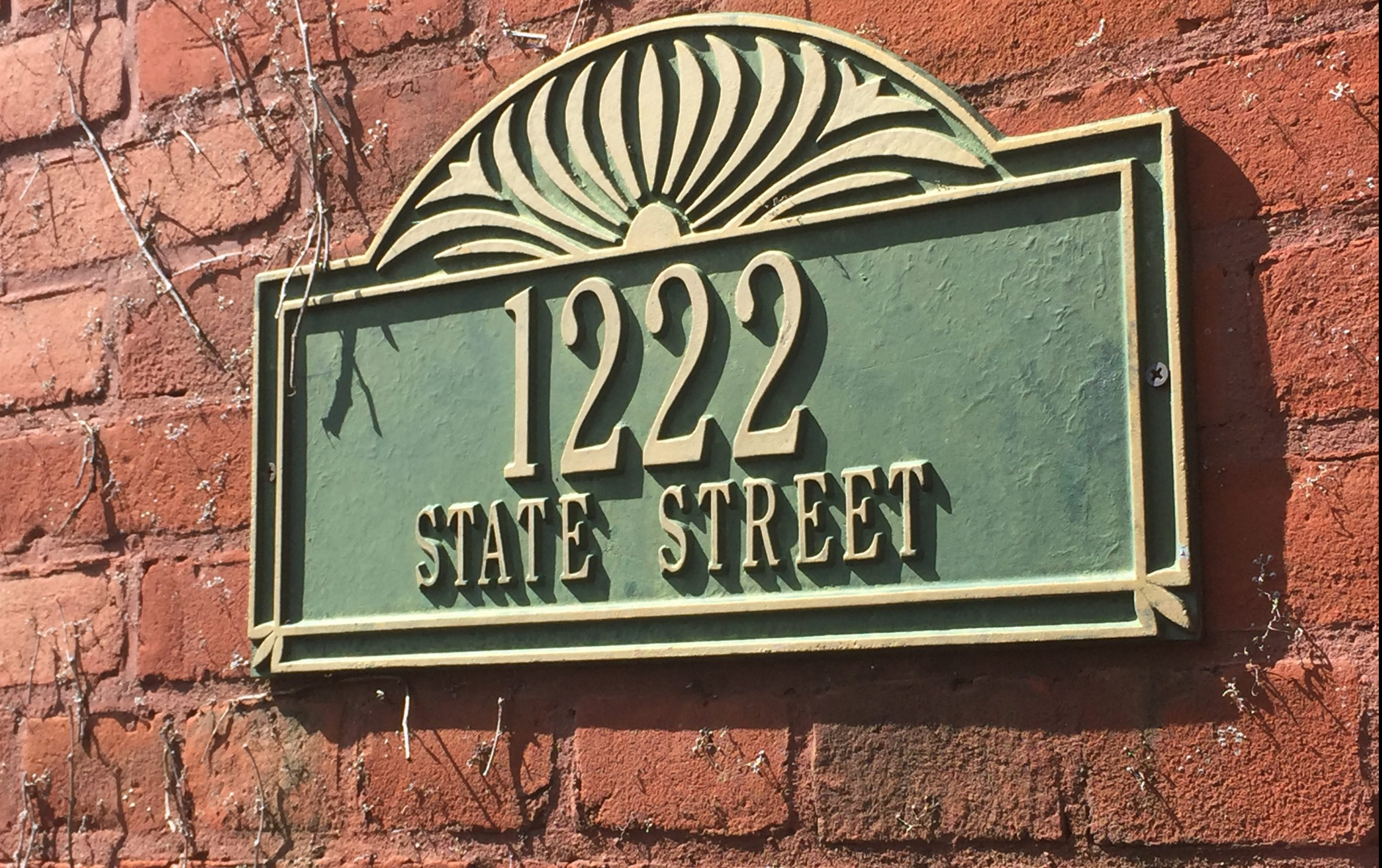 1222 State Street Sign